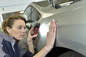 Collision Repair Industry – Tradeswomen