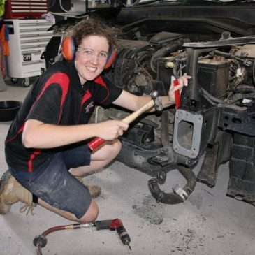 NZ Women Leading in Panelbeating and Car Painting